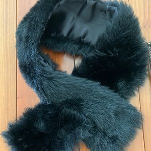 SALE! Faux Fur Black Scarf/Stole—like new!